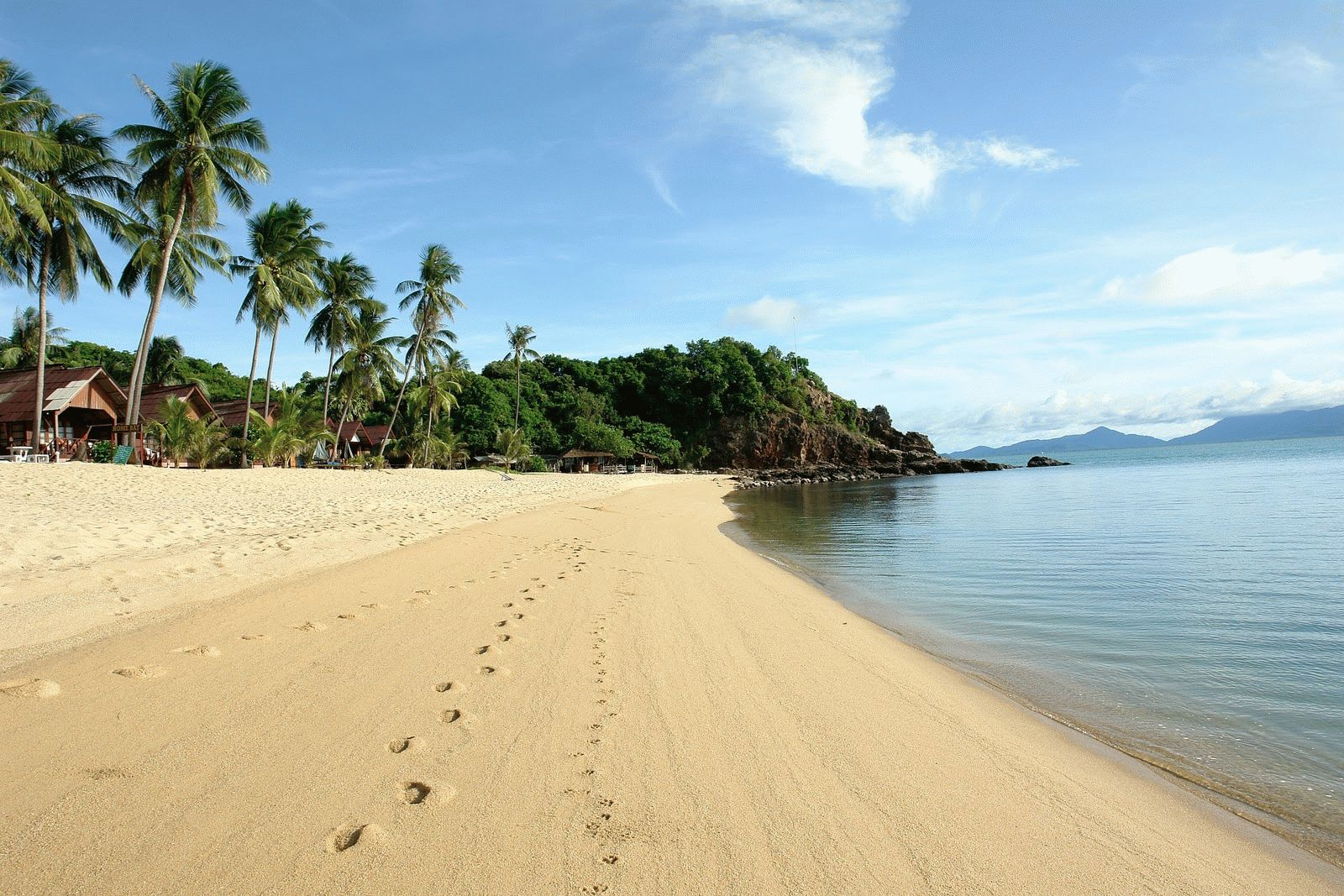 Mae-Nami_beach