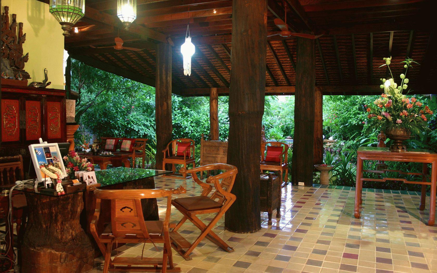 ban-sabai-village-resort-spa-chiang-mai-lobby