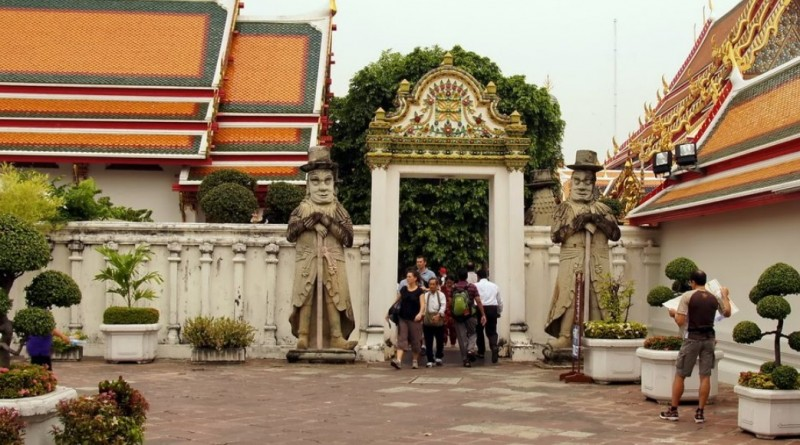 Храм Лежащего Буды (Ват По)
