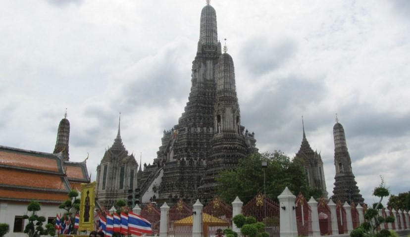 Храм утренней зари - бангкок