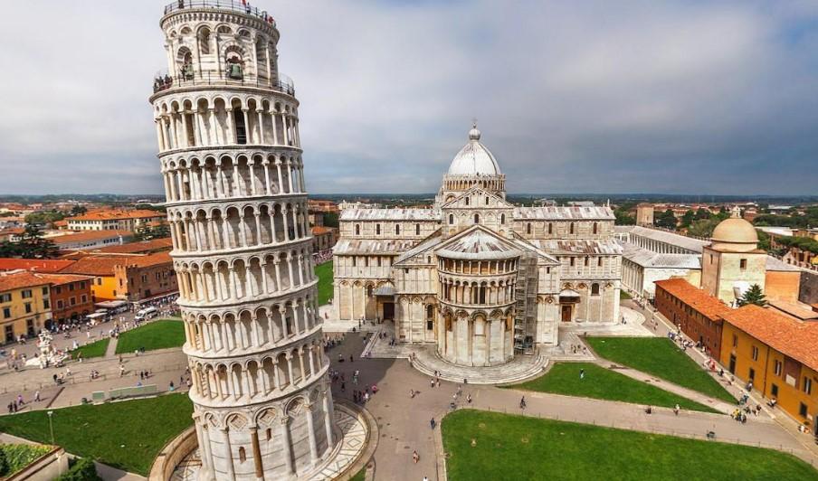 Город Пиза в Италии