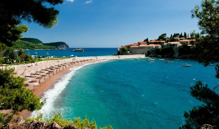 Остров Ада-Бояна в Черногории