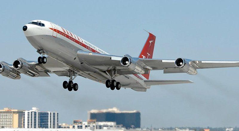 Boeing 707 - схема салона