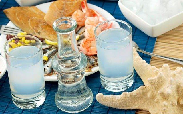 Анисовая водка Узо