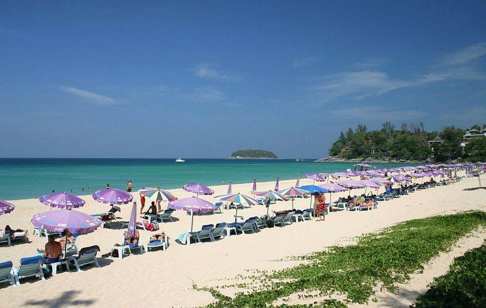 Пляж Nai Yang