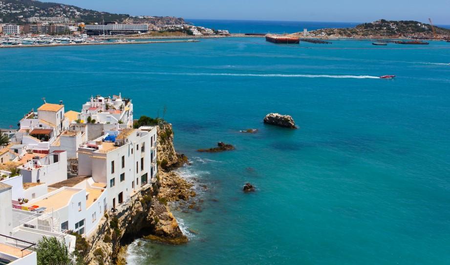 Какое море в Испании фото
