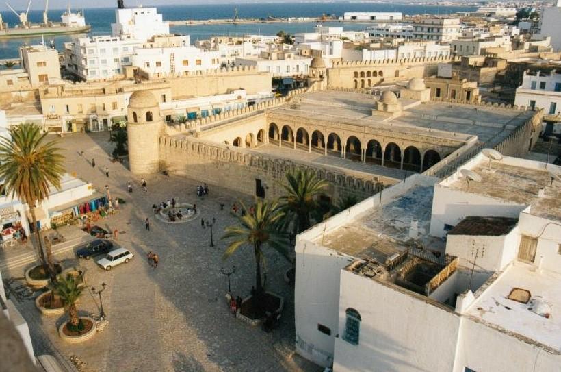 Тунис в феврале фото