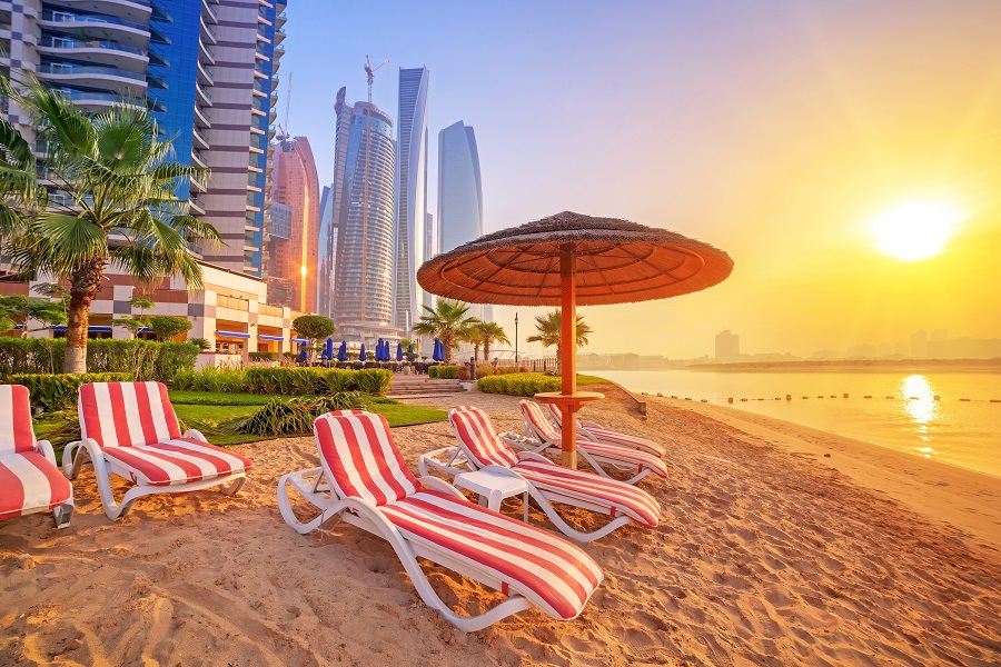Сколько денег нужно брать в ОАЭ? фото